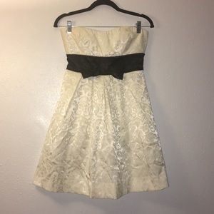 Charlotte Russe Strapless Ivory Lace dress Bow